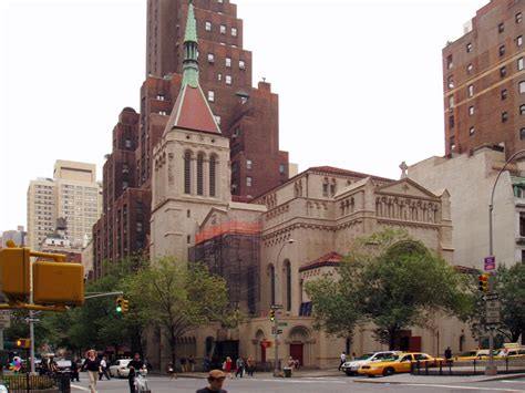 Garden City Ny Catholic Church Church Of Our Saviour Catholic New York City