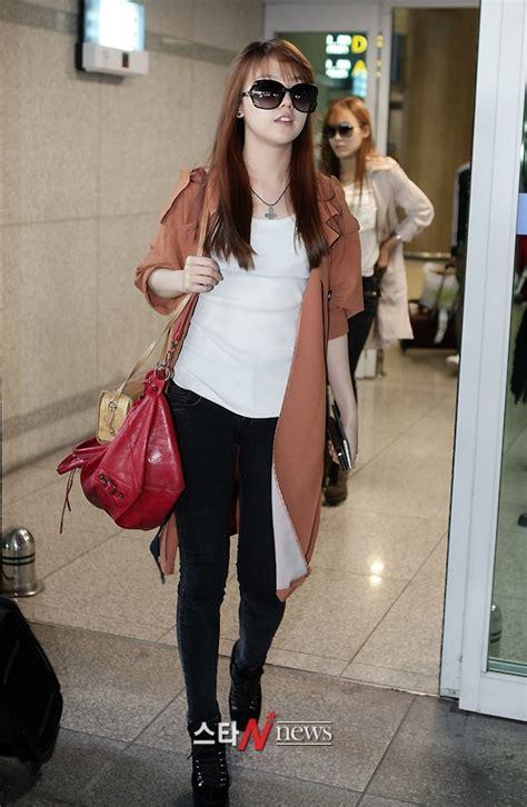 s day airport pics 111003 girl s day minah airport fashion back to