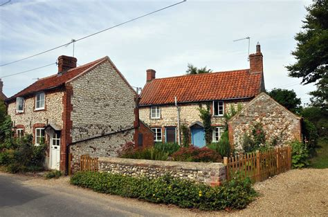 Weekend Cottages Uk by No 1 And Hobson S Two Charming Cottages Burnham