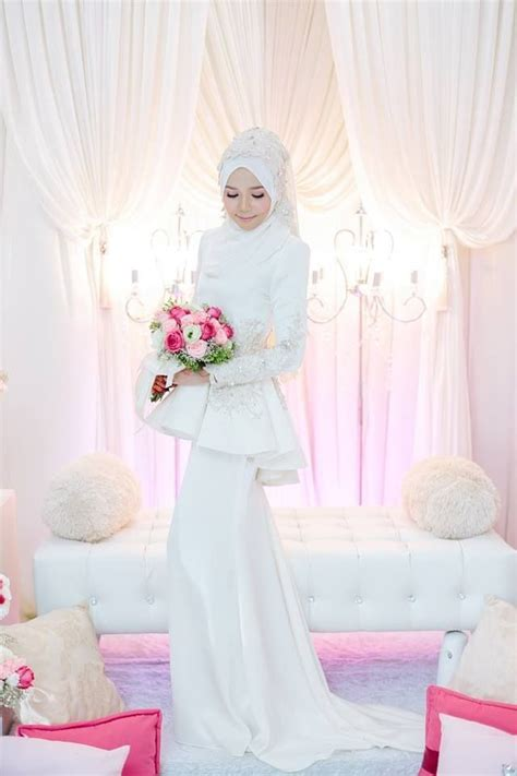 Baju Nikah Muslimah Warna Putih 17 best images about fashion on gardens