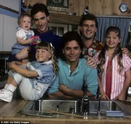 full house new show bob saget s hilarious confessions of being the full house dad daily mail online