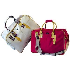 ACCESSORI CANE:trasportini per cane, borse per cani, trasporto animali ... Gatti