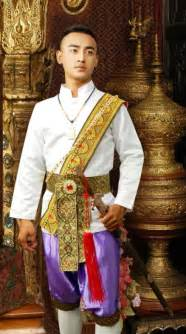 thailand traditional clothing for thailand