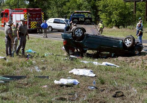 Actor Garrisons Suv Wrecks 1 Dead by 5 Dead In Wreck Of Overloaded Suv Ny Daily News