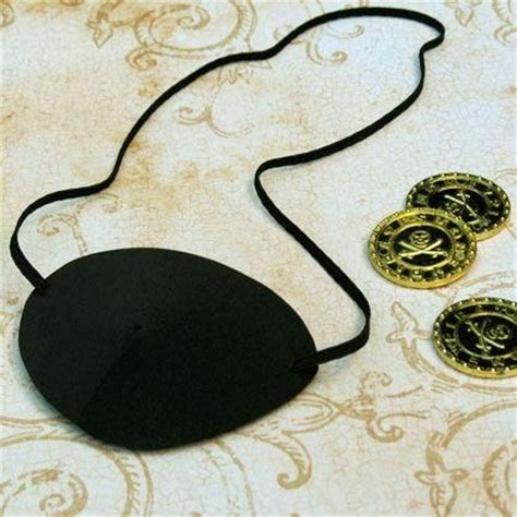 How To Make A Pirate Eye Patch Out Of Paper - diy tutorial diy costume diy pirate eye patch