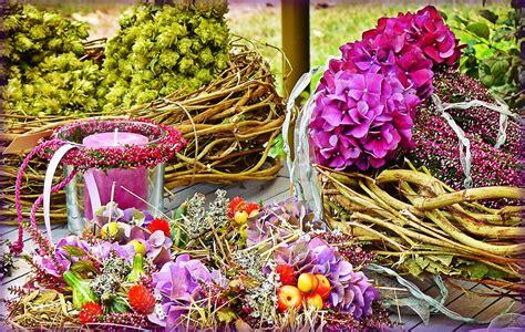 La Verne Vas Bunga Biru 30 gambar desain karangan bunga nan indah