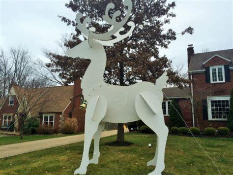 reindeer display must see light displays in northeast ohio