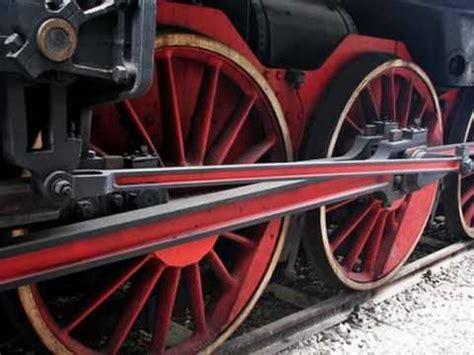 la locomotiva testo la locomotiva di francesco guccini significato canzone