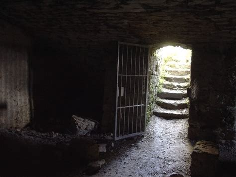 5 room dungeon dungeon room by jantiff stocks on deviantart