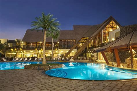 best resort in dubai ja palm tree 7 of the best family hotels in dubai