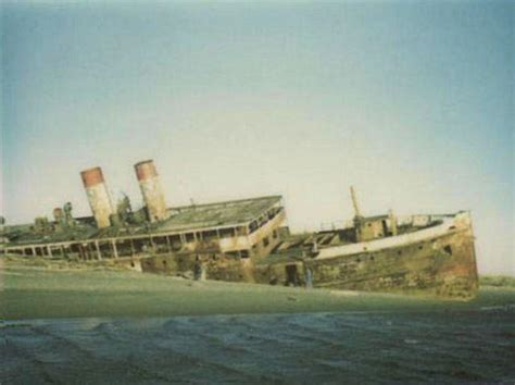 boat salvage washington state the eerie shipwreck of ss catala at ocean shores urban