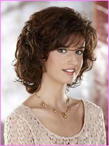 shoulder length spiky hair hair styles medium length haircuts for curly hair and round face style hairstyles fashion stylesstar com
