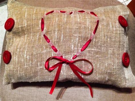 cuscino sacco cuscino in sacco con cuore rosso feste natale di