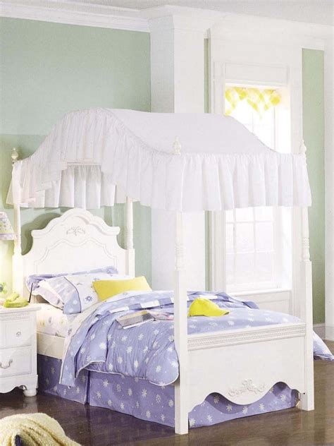Bedroom Marvelous White Wood Canopy Bed Design Founded Canopy Beds For