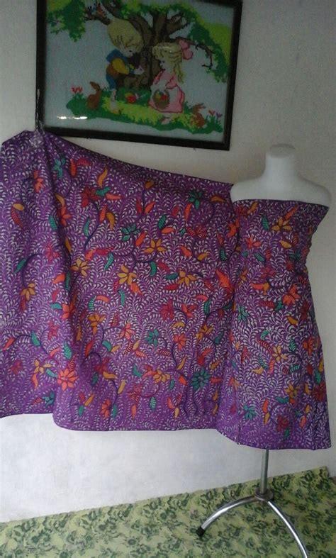 Kkv160 Kain Kanvas Motif Bunga Dan Burung Ungu Ukuran 48x14 T2709 batik tulis motif bunga batik khas madura melayani grosir eceran murah berkwalitas