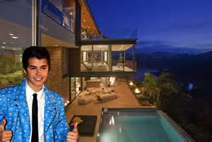 justin bieber reportedly buys 10 8 million mansion