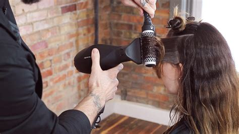 blow dry your hair what brush to use hairboutique when why how to use a boar bristle brush or thermal