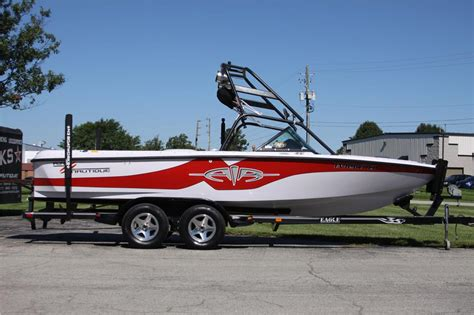 nautique boats indianapolis 2000 correct craft air nautique silver cloud red for