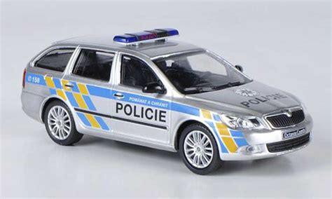 Auto Kaufen Tschechien by Skoda Octavia Combi Polizei Tschechien Abrex Modellauto 1