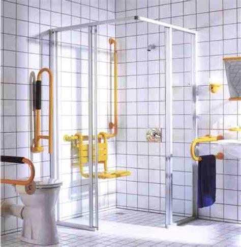 behinderten dusche behindertengerechtes bad planen raum und m 246 beldesign