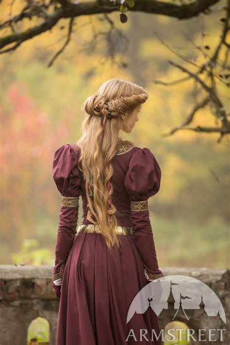 mittelalter kleid prinzessin im exil vorhanden