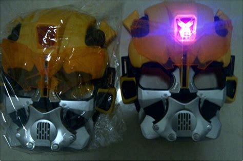 Topeng Anak Karakter Import Cina topeng nyala transformer bumblebee 113 barang unik