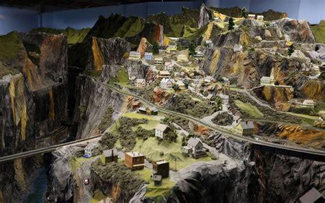 train layout new jersey northlandz the world s biggest model railroad models