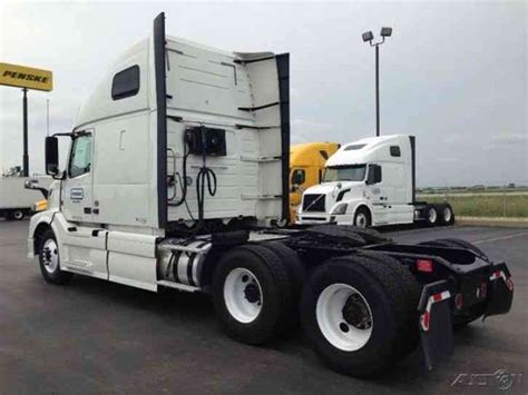2013 volvo semi truck price volvo vnl64t670 2013 sleeper semi trucks