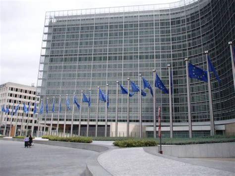 commissione europea sede la commissione europea pubblica la relazione sulla
