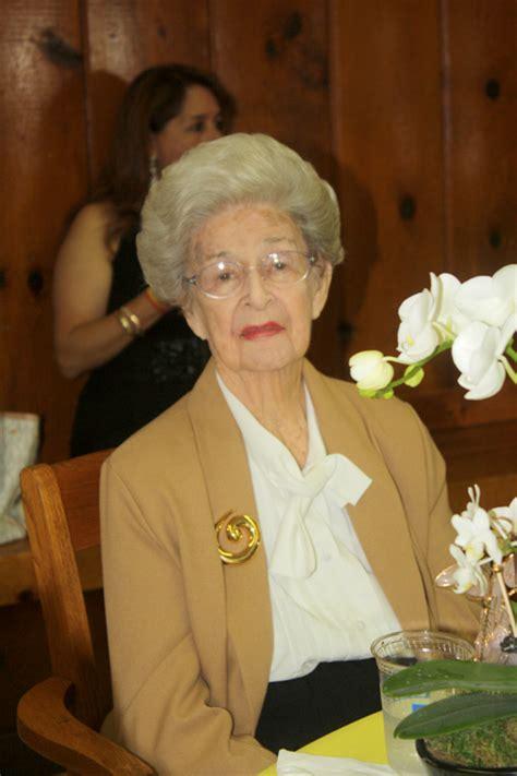 Ordinary La Crescenta Presbyterian Church #4: NO-2-Elsie-Hughes-was-the-guest-of-honor-at-her-100th-birthday-celebration.jpg