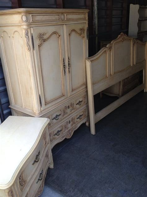 vintage french provincial bedroom set gorgeous drexel heritage french provincial bedroom set on