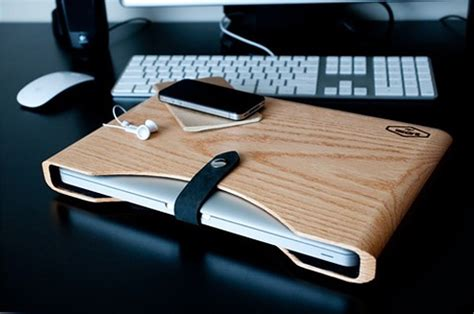 blackbox wooden macbook pro case