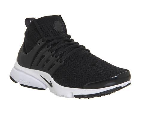 Nike Air Presto Mid Flyknit Black White 1 nike air presto flyknit ultra black black white hers