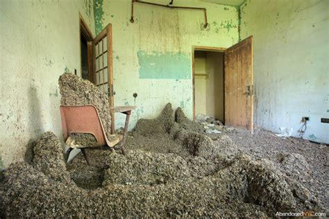 high quality abandoned room images world s greatest art site inside creedmoor state hospital s building 25 abandonednyc