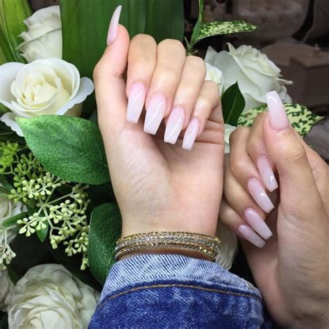 madison beer nails madison beer white nails steal her style