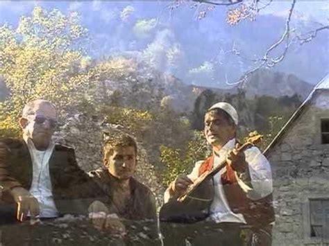 bardhok prebibaj bardhok prebibaj i kendon kullave te pjeshollit 2013