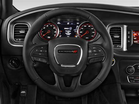 image  dodge charger  door sedan se rwd steering wheel size    type gif