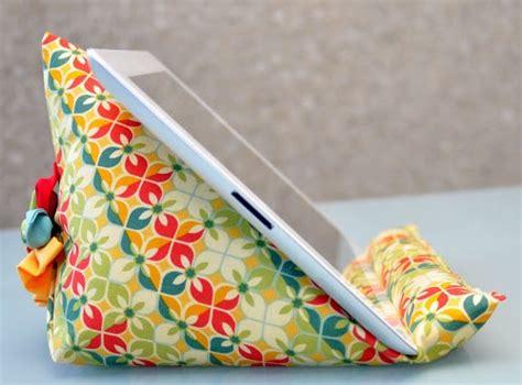 pattern maker for ipad teresadownunder s free ipad stand sewing tutorial