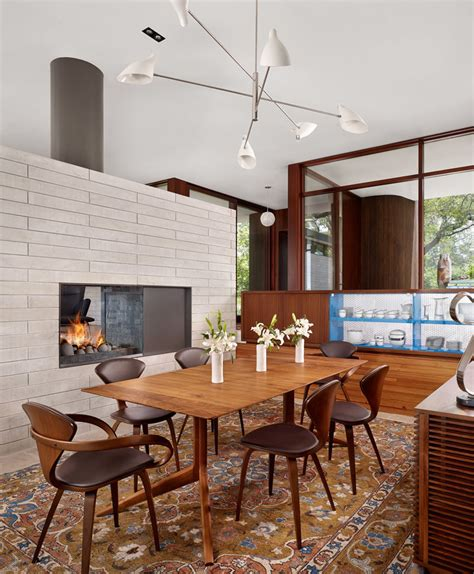 Dining Table Centrepiece 6 Ideas For Styling Your Dining Room Table With A Centrepiece Contemporist