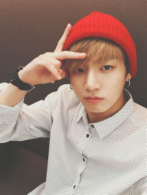 bts jungkook jungkook looking good in his red beanie bts kpop