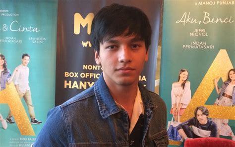 film remaja di indonesia dominasi film remaja di 2017 jefri nichol akui takut