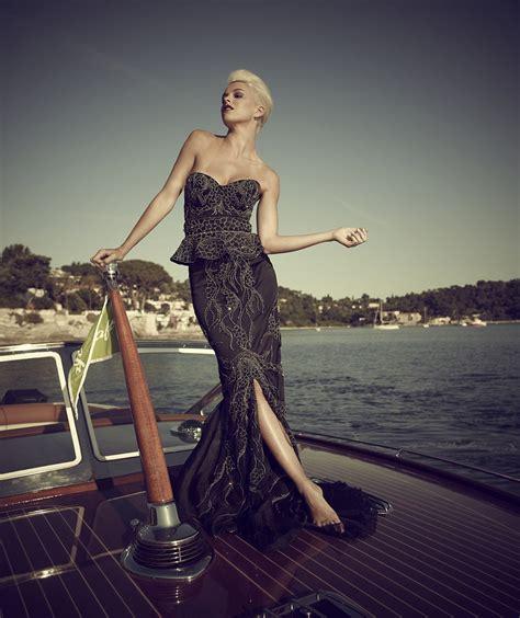 7 Really Expensive Dresses by World S Most Expensive Dress 50 Two Carat Black Diamonds