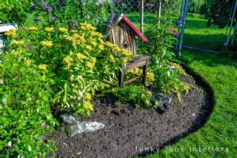 edging a flower bed how to edge flowerbeds like a pro via funkyjunkinteriors net