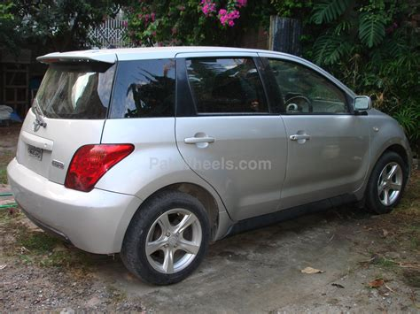 2004 Toyota Reviews Toyota Ist 2004 Review Amazing Pictures And Images