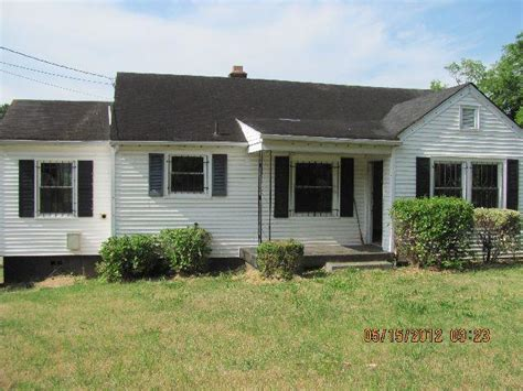 814 chickasaw ave nashville tennessee 37207 foreclosed