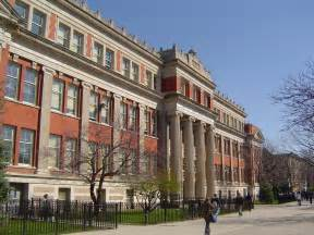 All School New Look At Chicago School Buildings Finds Half Underused