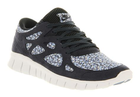 womens nike free run 2 obsidian white liberty floral