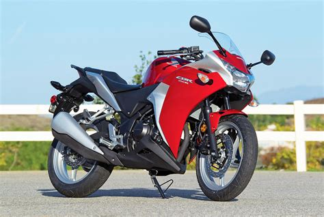cbr series honda canada to launch cbr250r racing series 187 motorcycle