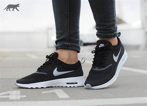 Nike Airmax 907 Black nike air max thea black cercaspartiti it