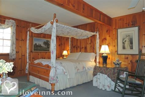highlands nc bed and breakfast colonial pines inn bed and breakfast in highlands north